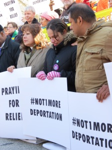Faith and immigrant leaders protest outside the White House, Feb. 17, 2014. Credit: Agnes Chen/MCC